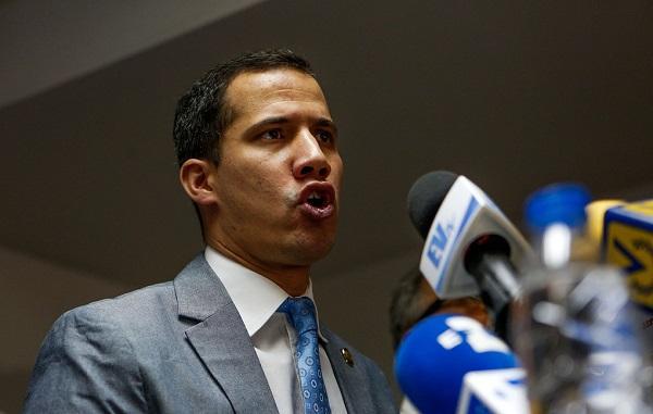 Гуайдо заявил, что вернулся в Венесуэлу