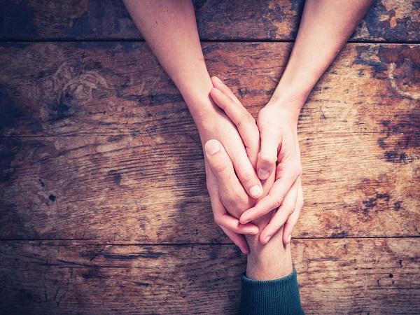 Ученые рассказали, что о человеке могут сказать руки