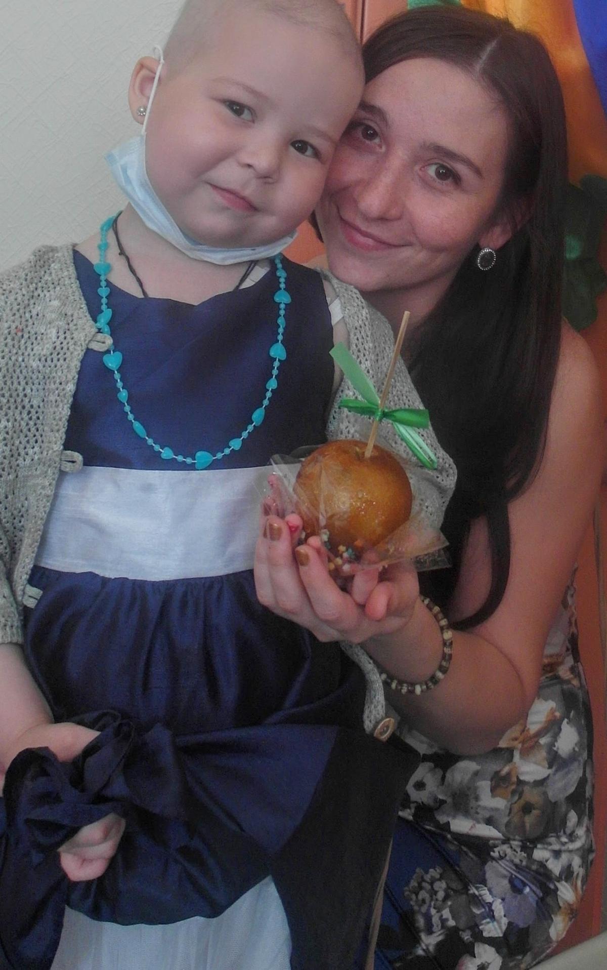 5-летняя Соня Дукашова тяжело больна и нуждается в благотворительной помощи