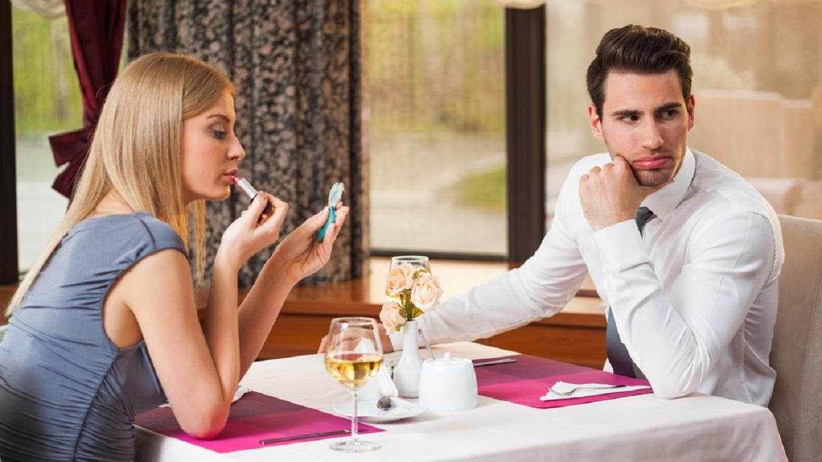 Психолог рассказал, что больше всего не нравится мужчинам в женщинах