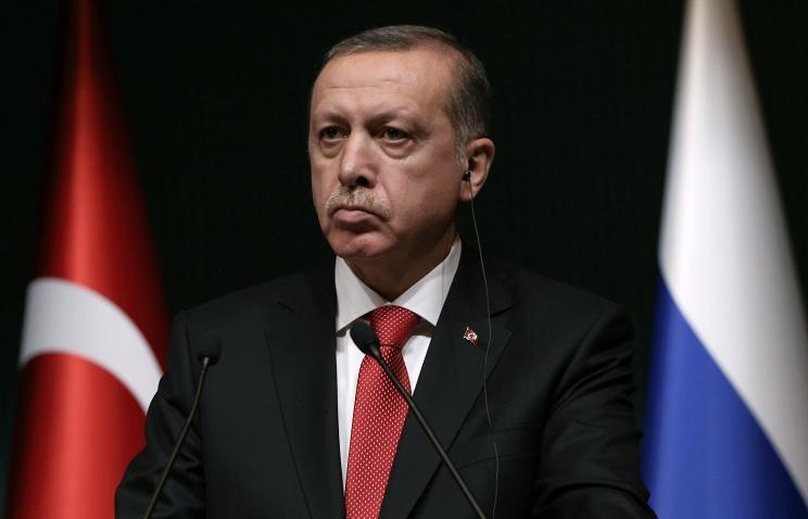 СМИ: продажи путевок в Турцию упали за минувшую неделю примерно вдвое  Подробнее на ТАСС: http://tass.ru/ekonomika/3444133