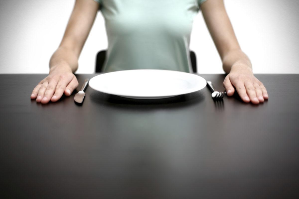 Популярный метод для похудения, который никогда не даст ожидаемого результата, назвали ученые