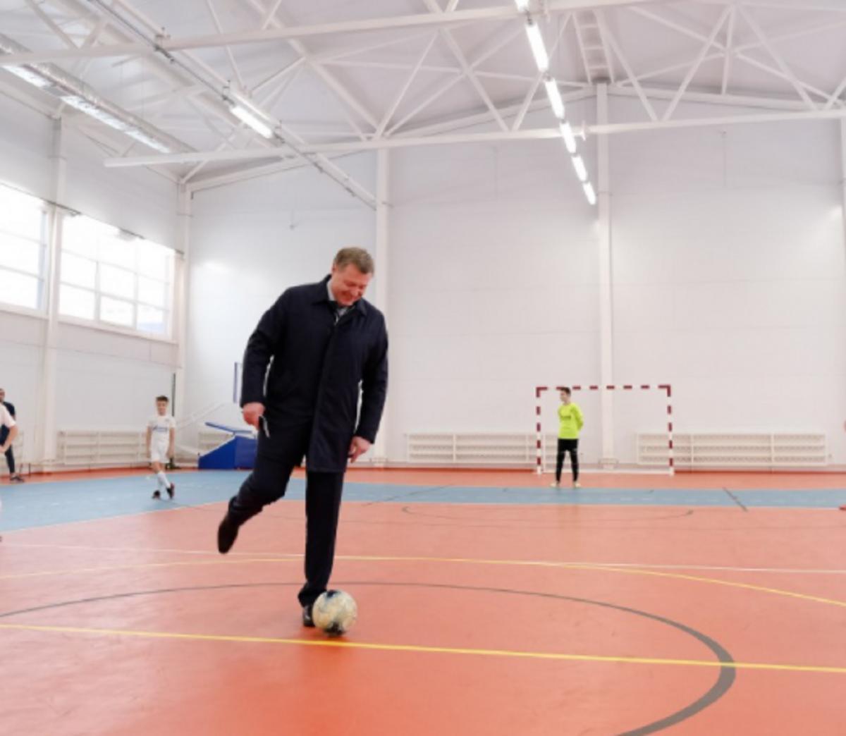 Игорь Бабушкин открыл спортивный центр в Астрахани
