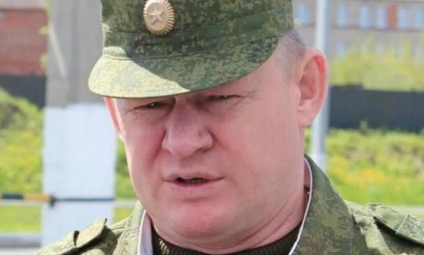 Источник: командующим ВДВ вместо Владимира Шаманова может стать Андрей Сердюков