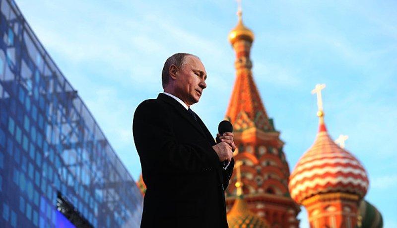 В Кремле раскрыли причины сенсационного решения Путина по Крыму