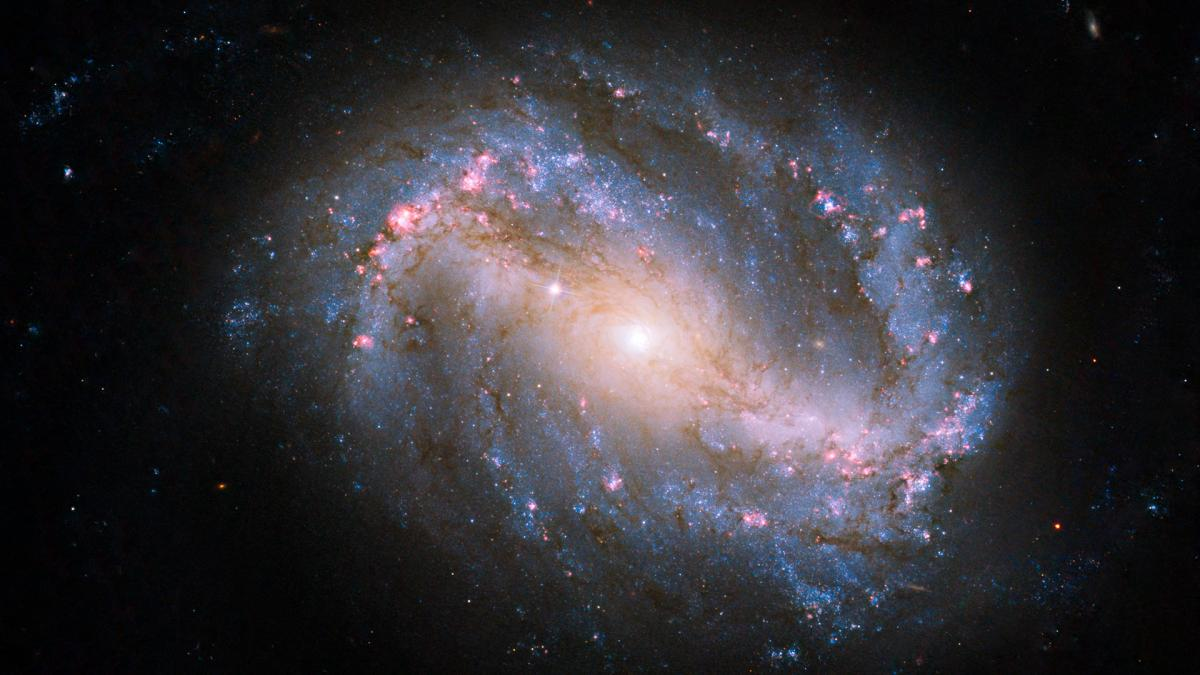Завораживающее фото галактики сделал астраханец