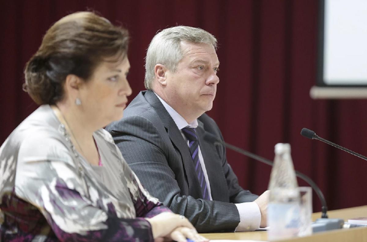Голубев поддержал министра Быковскую