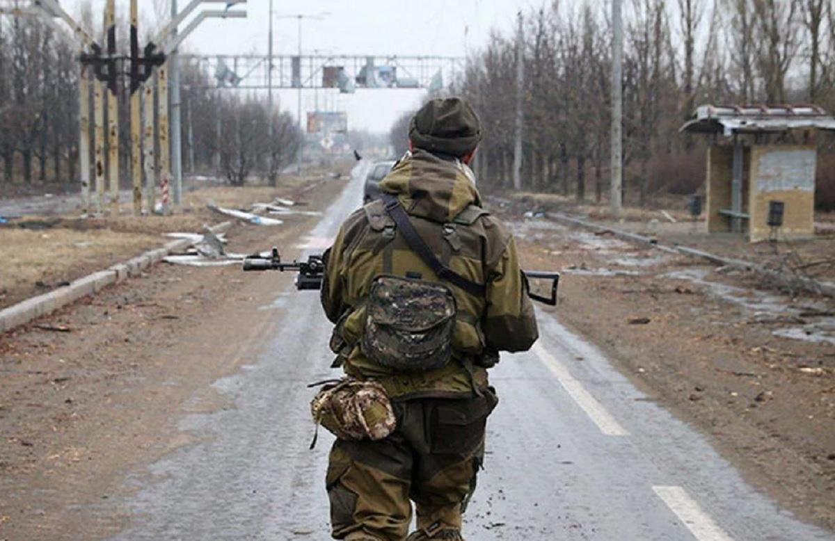 Военный ВСУ перешел в ДНР