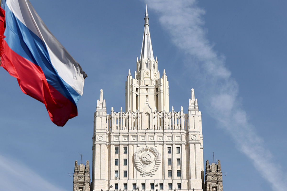 МИД России отреагировал на выпады против «Спутника V»