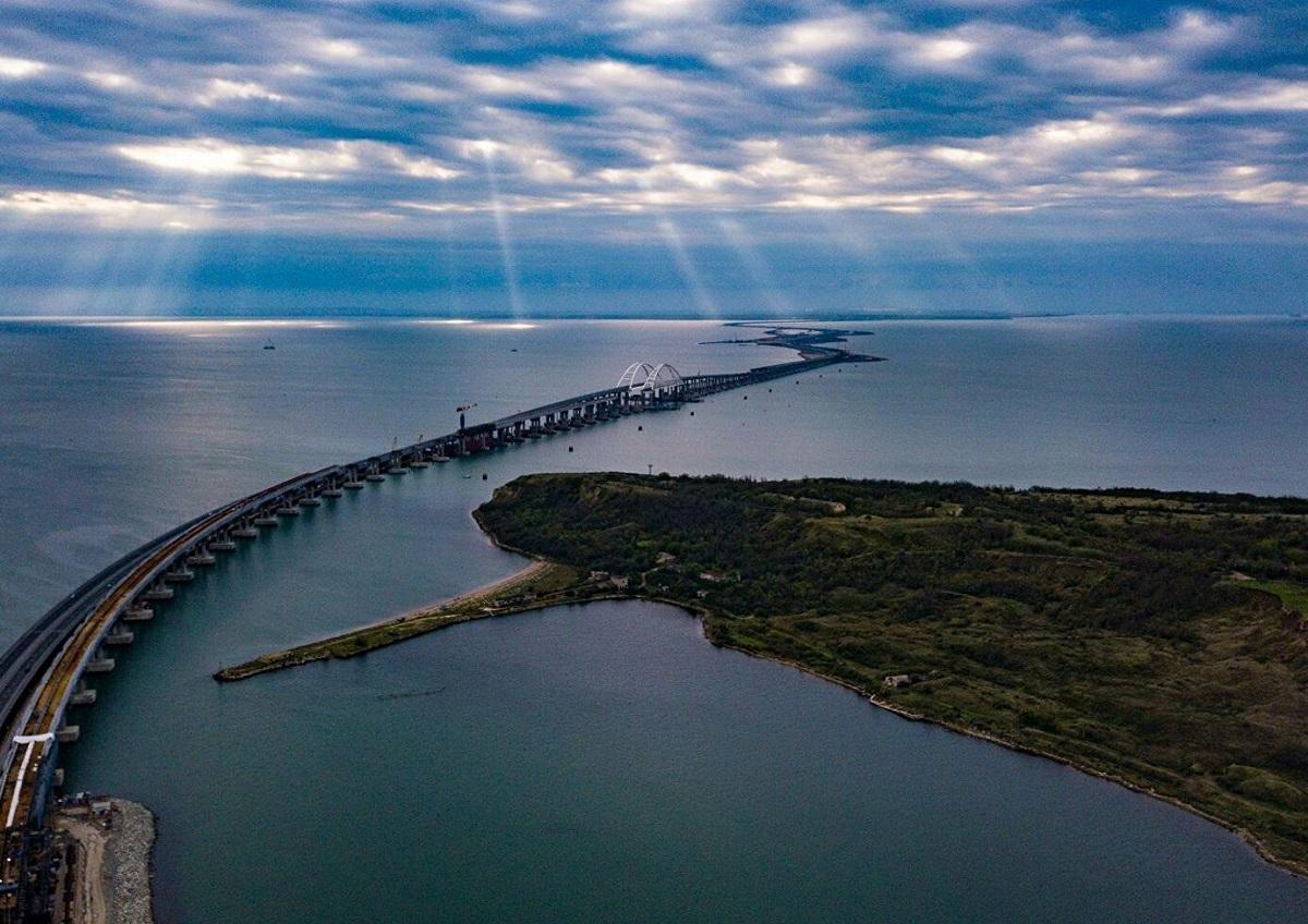 Закрытие некоторых районов Черного моря не затронет Керченский пролив