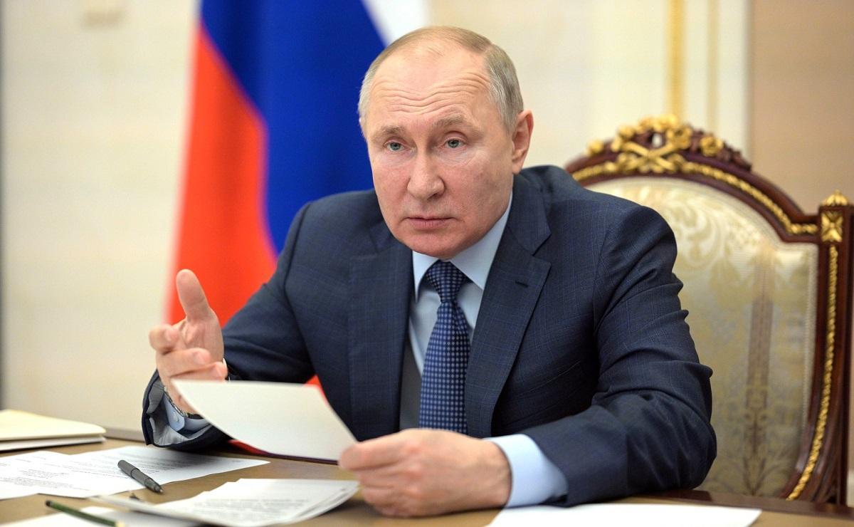 Путин поручил ФАС разобраться с ростом цен на жилье