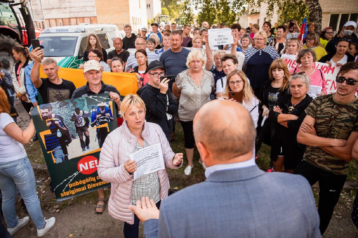 Лукашенко устроил Литве ад: бунтуют все - и местные, и мигранты