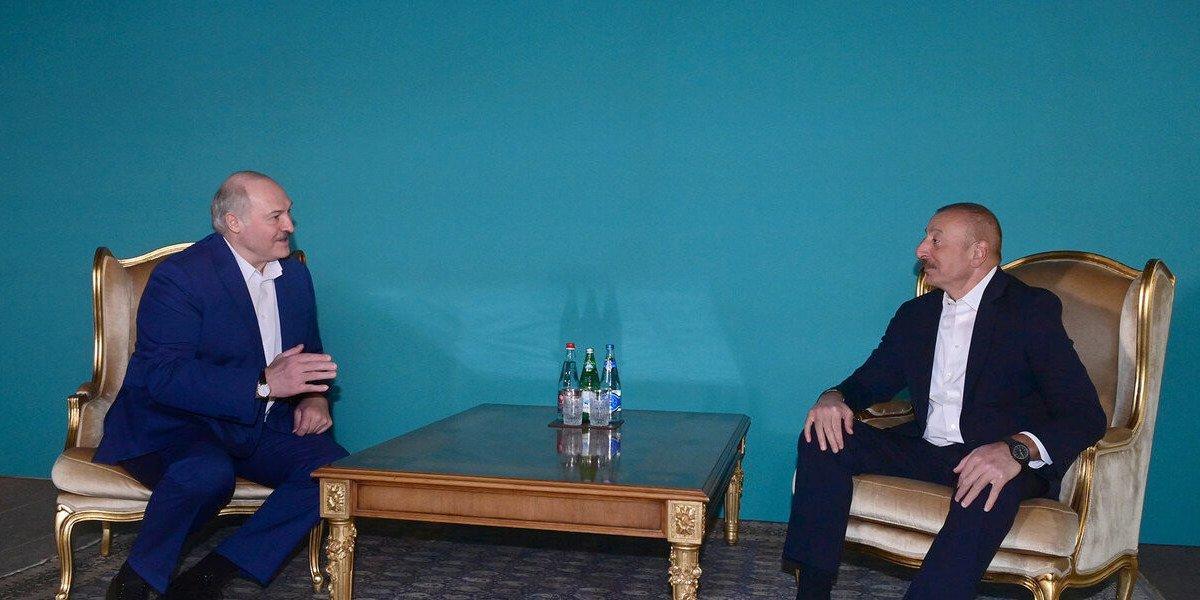 Суздальцев назвал истинную цель визита Лукашенко в Азербайджан