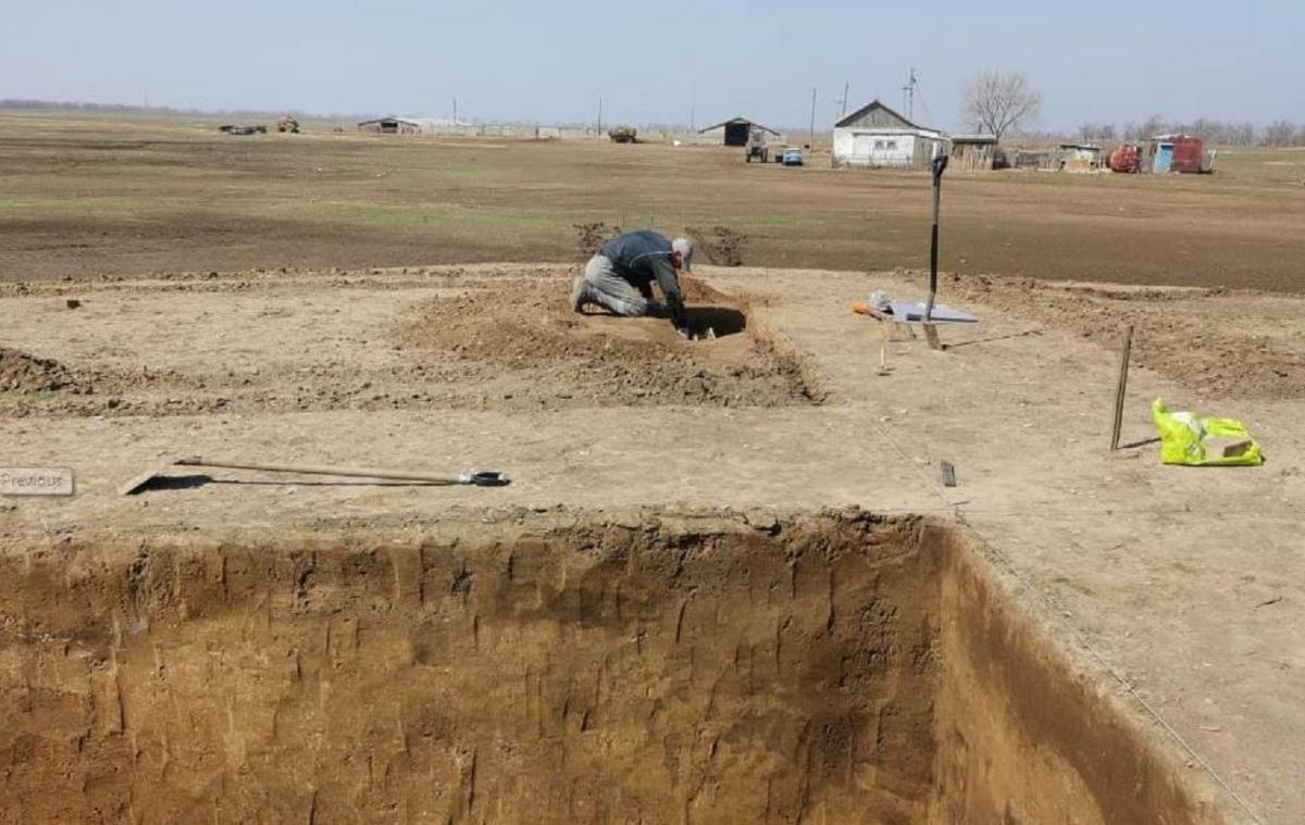 Под Волгоградом во время ремонта газопровода найдены древние артефакты