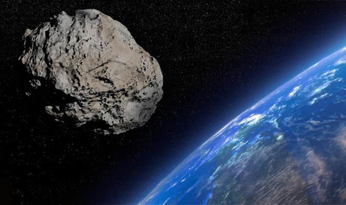 К Земле приближается огромный астероид размером больше пирамиды Хеопса