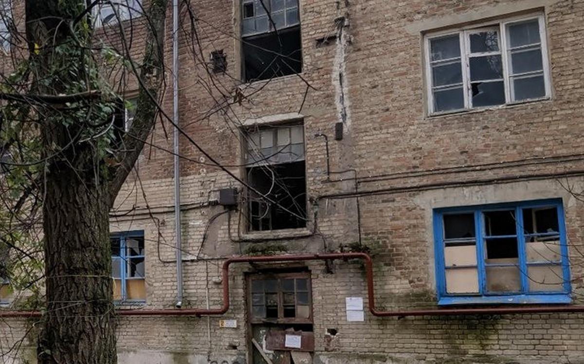 Аварийный дом в Ростове-на-Дону