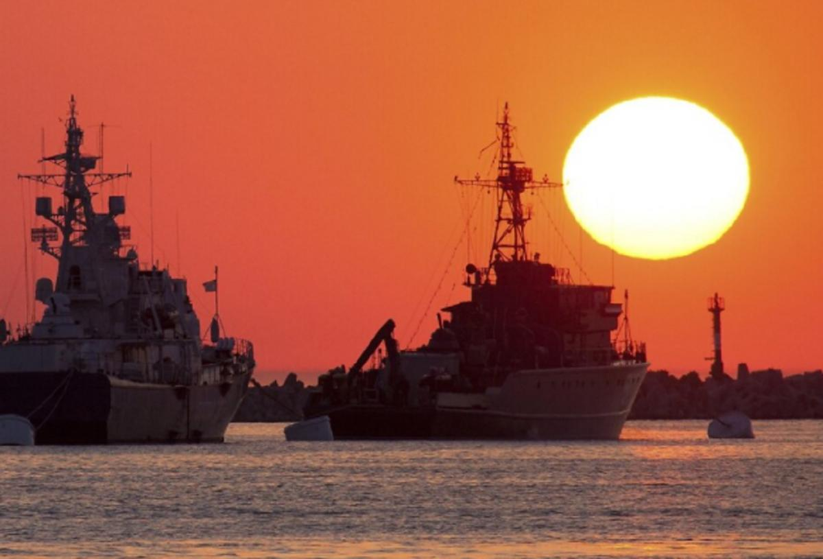 Военный маневр России в Красном море