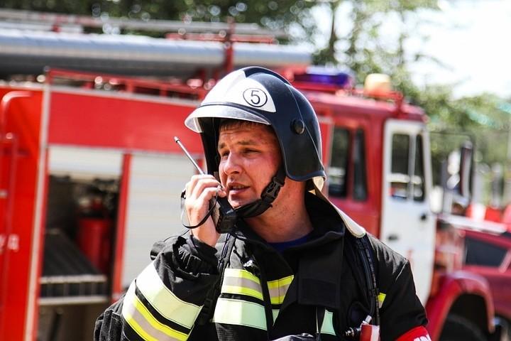 В Ростове из-за пожара в университете эвакуировано 1,5 тысячи человек