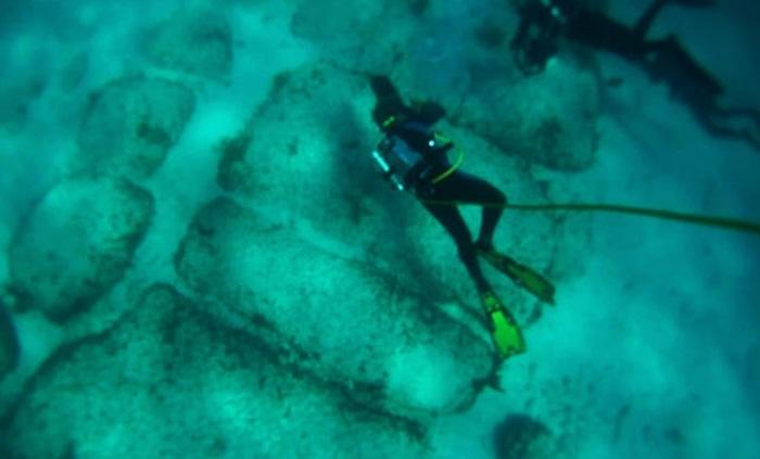 Дорога Бимини: загадочные подводные сооружения возле Багамских островов не дают покоя исследователям