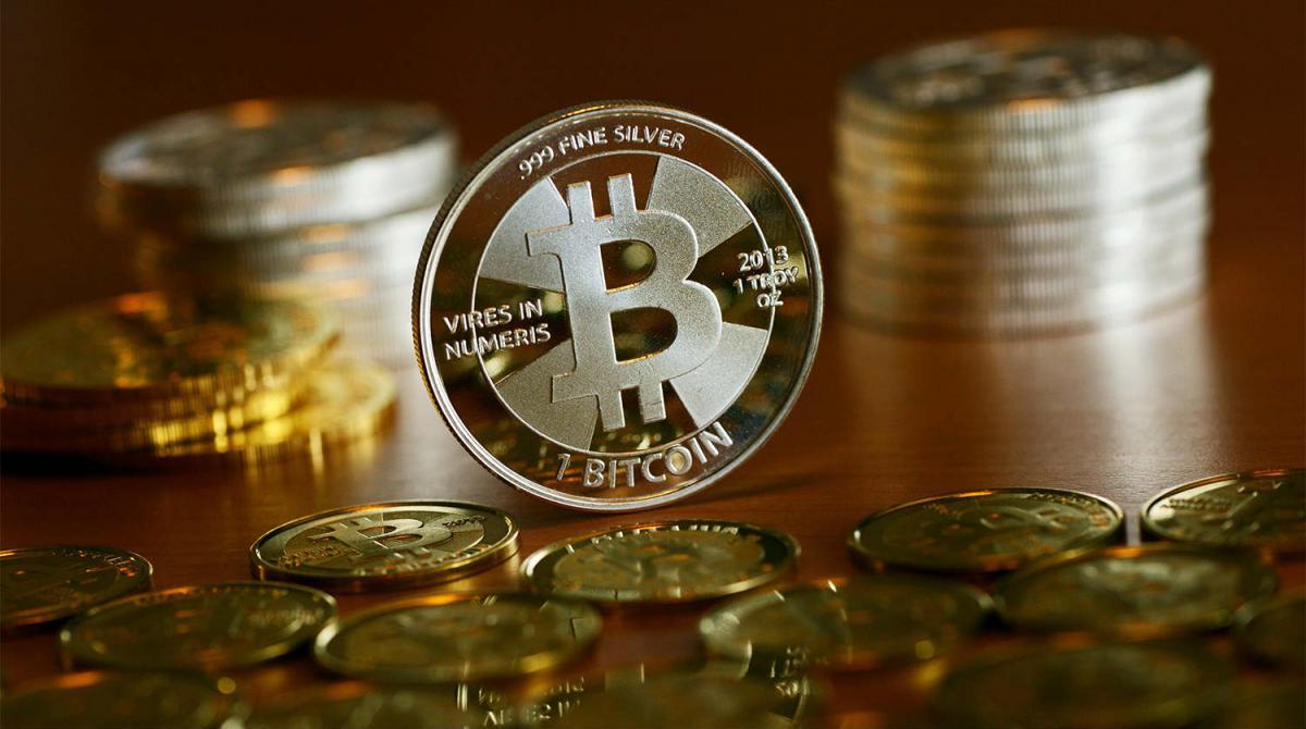 Пробьет потолок или дно: как изменится курс Bitcoin в 2020 году