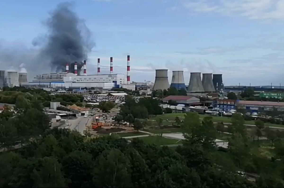Под Москвой горит битумный завод «Ориспром».