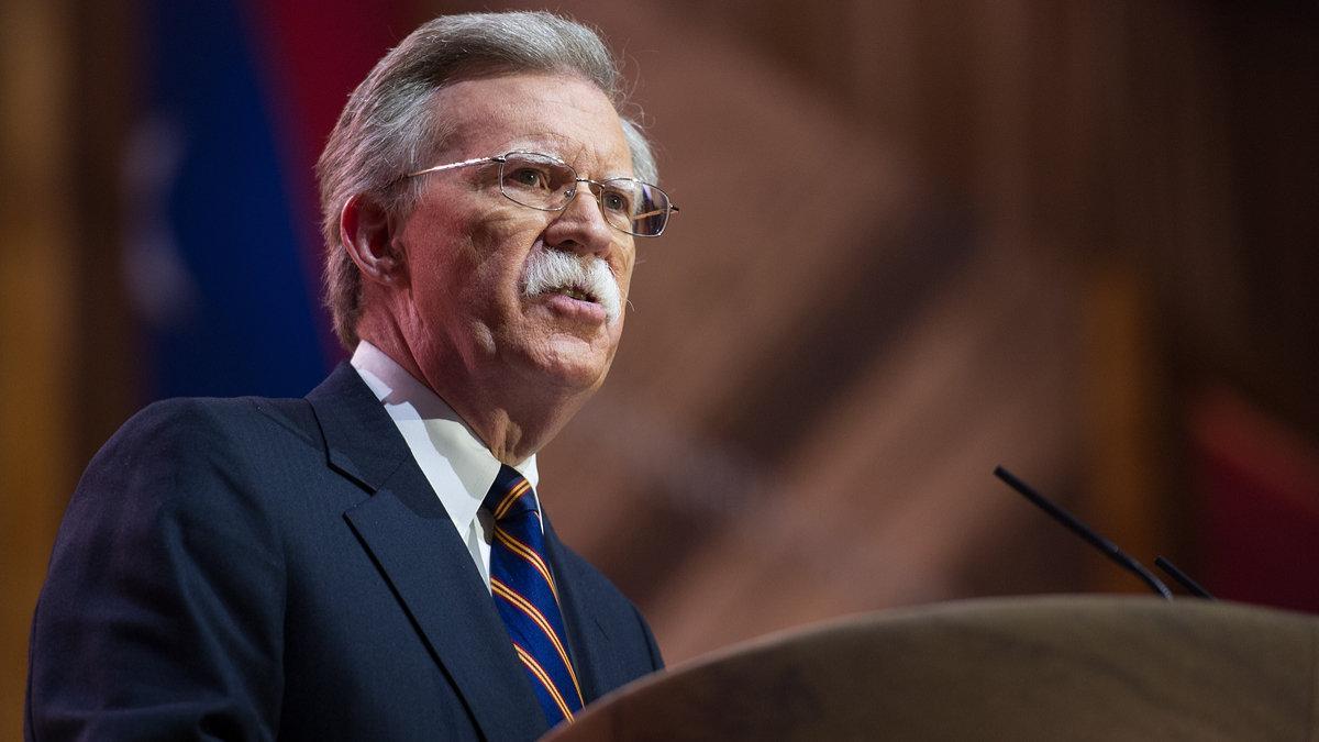 Иран опасен для всего Запада, заявил Болтон