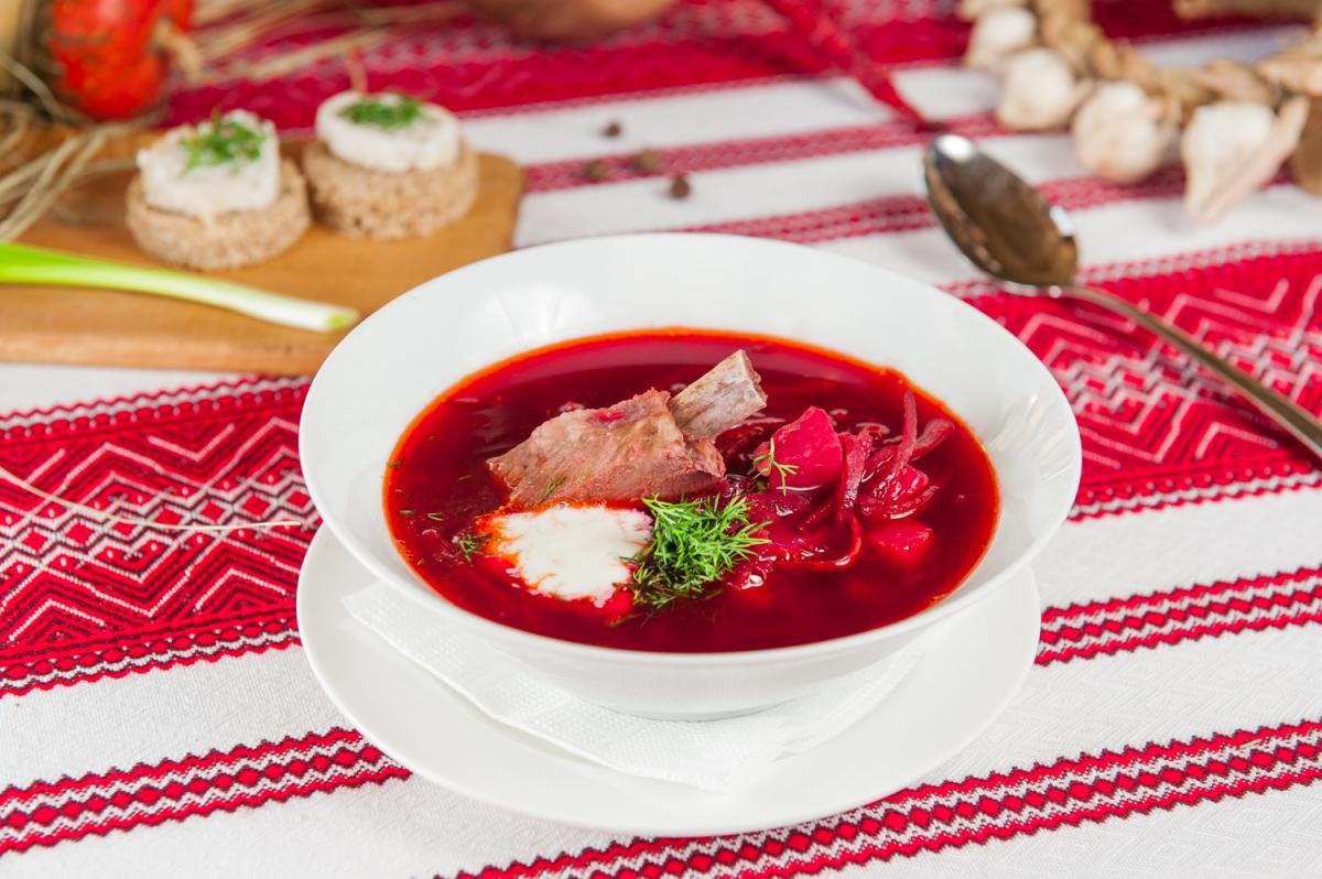 Борщ тарелка вышиванка