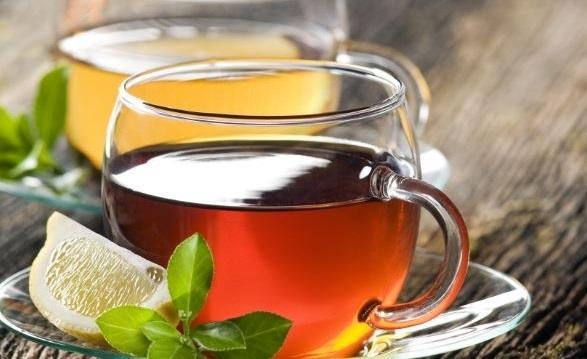 Кому вреден чай с лимоном: что говорят врачи