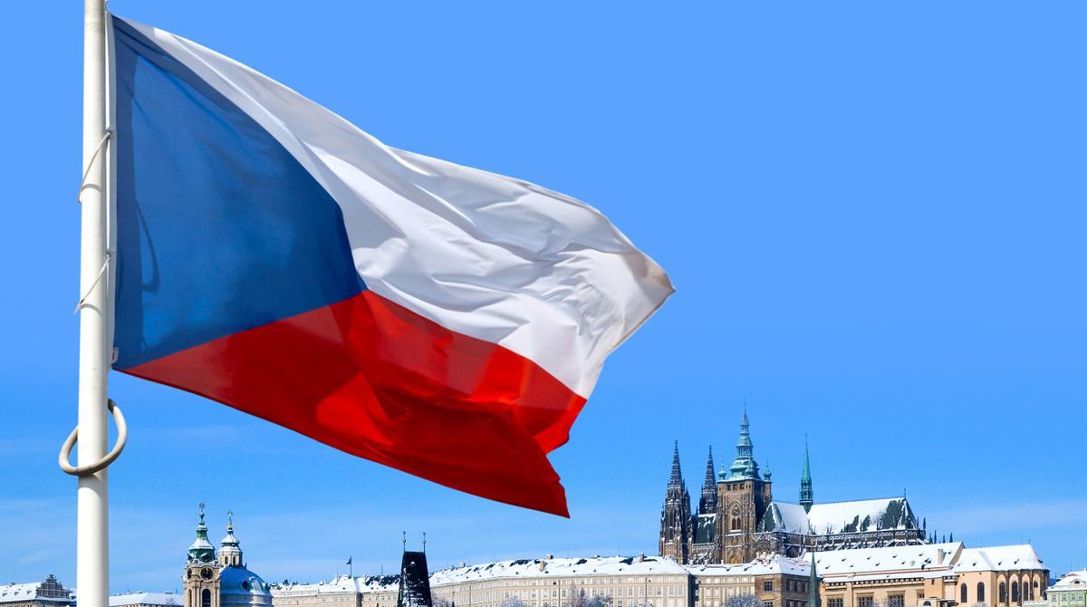 Выславший дипломатов России вице-премьер Чехии снят с должности