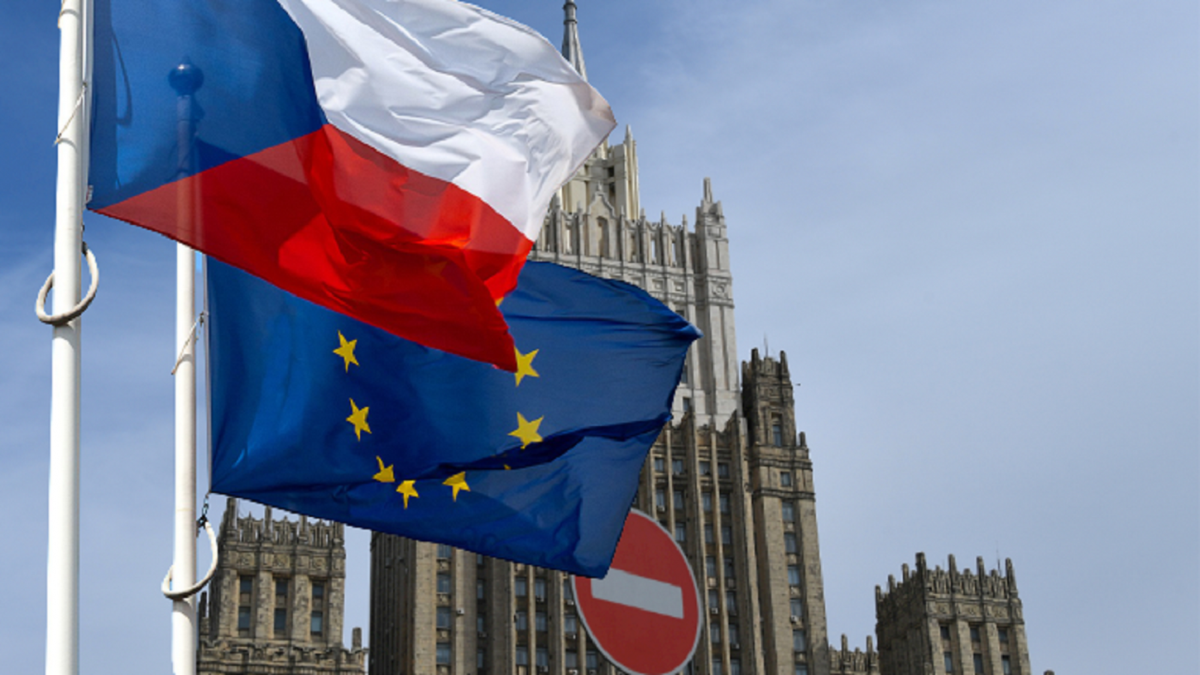 В Словакии раскрыли, почему ЕС не поддержал Чехию в шпионском скандале с Москвой