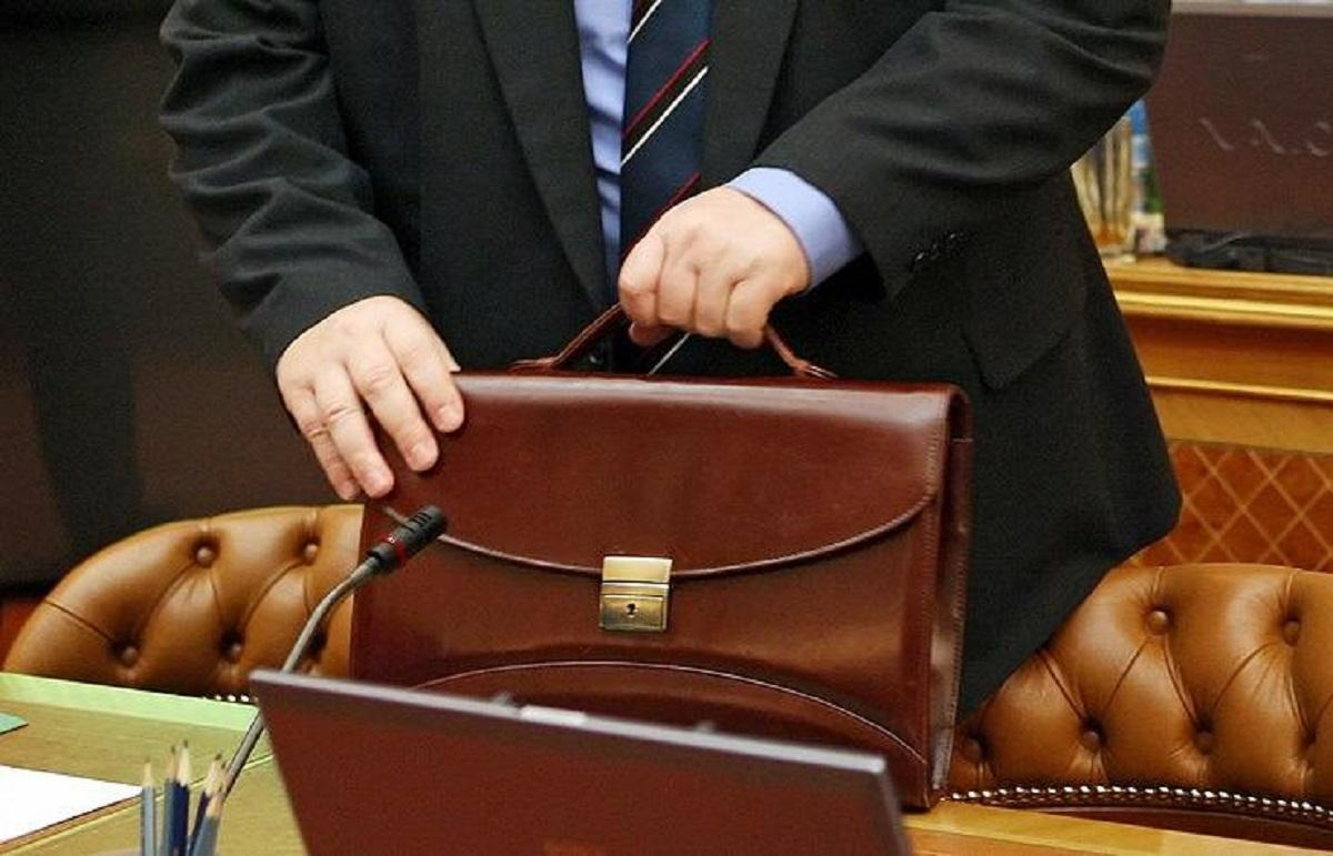 Возможное сокращение госслужащих прокомментировали в Госдуме