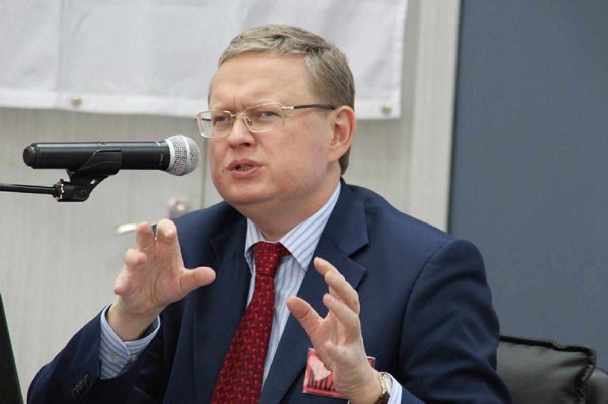 Делягин дал совет россиянам в чем хранить деньги во время турбулетности в экономике