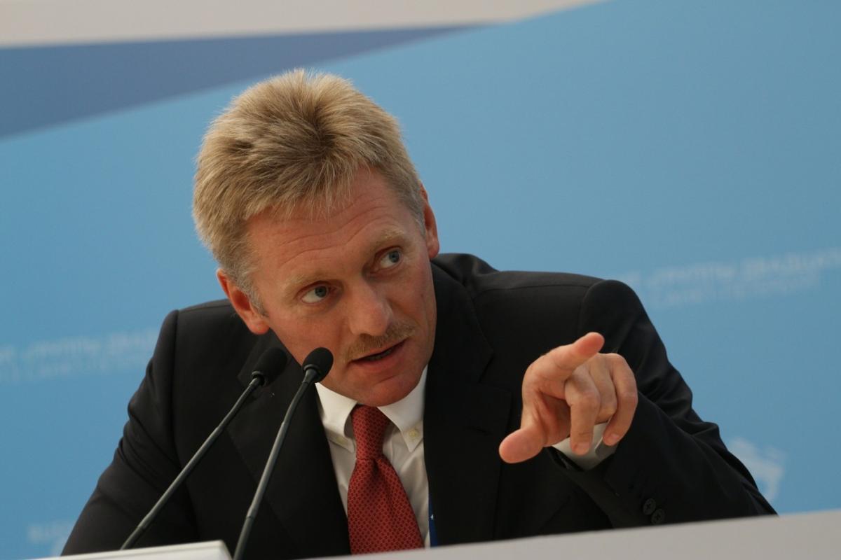 Песков объяснил, что поможет Зеленскому завершить конфликт на Донбассе