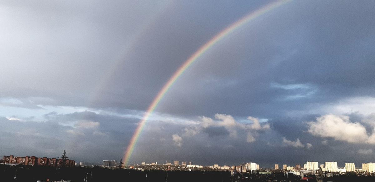 В небе над Ростовом заметили двойную радугу