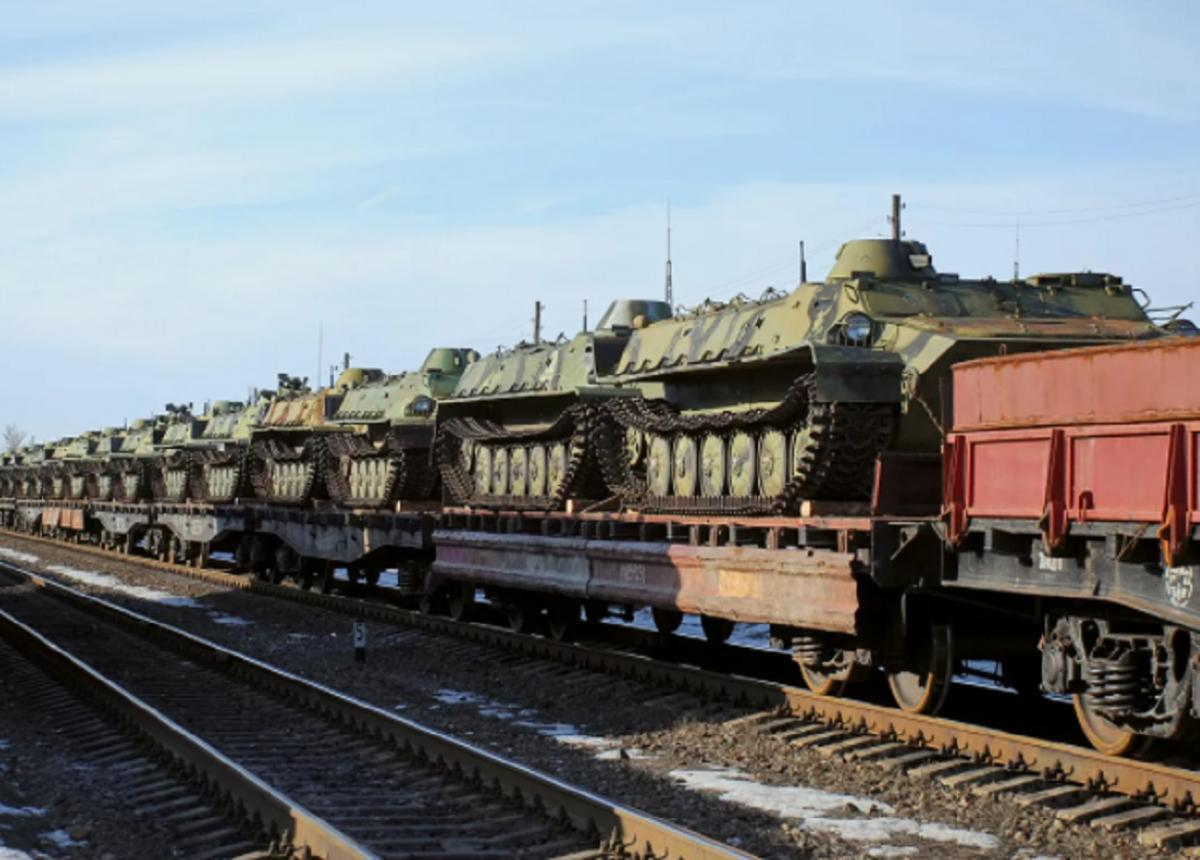 Место дислокации танков в роликах о переброске к Украине