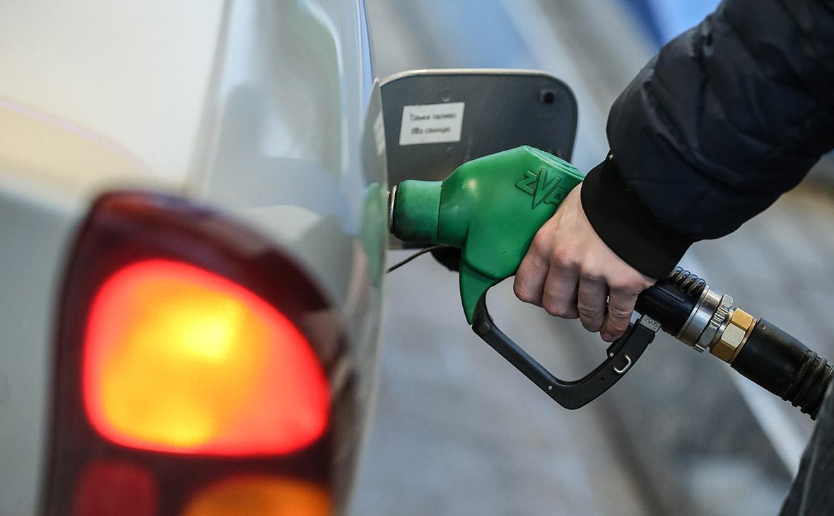 Цены на бензин в России подскочили: в чем причина - почему растут цены на бензин, прогноз на 2018 год