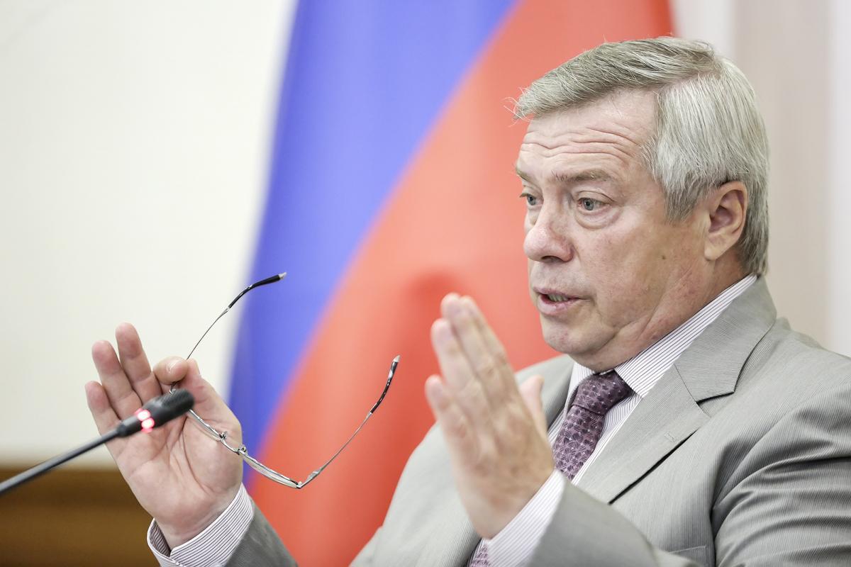 Василий Голуьев признался, что на обманутых дольщиков денег нет