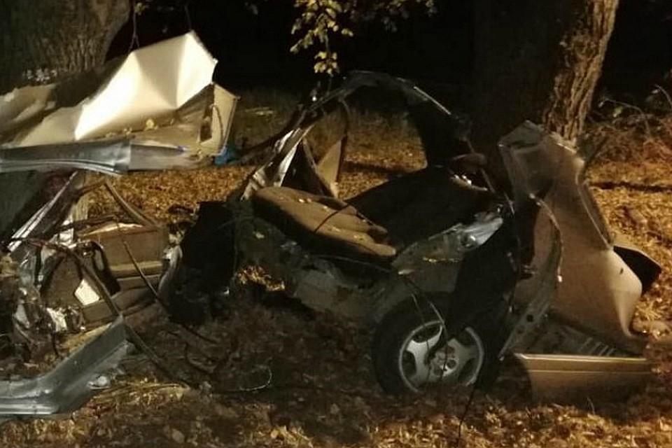 Под Гулькевичами в ДТП иномарку разорвало на части - погибли 4 человека