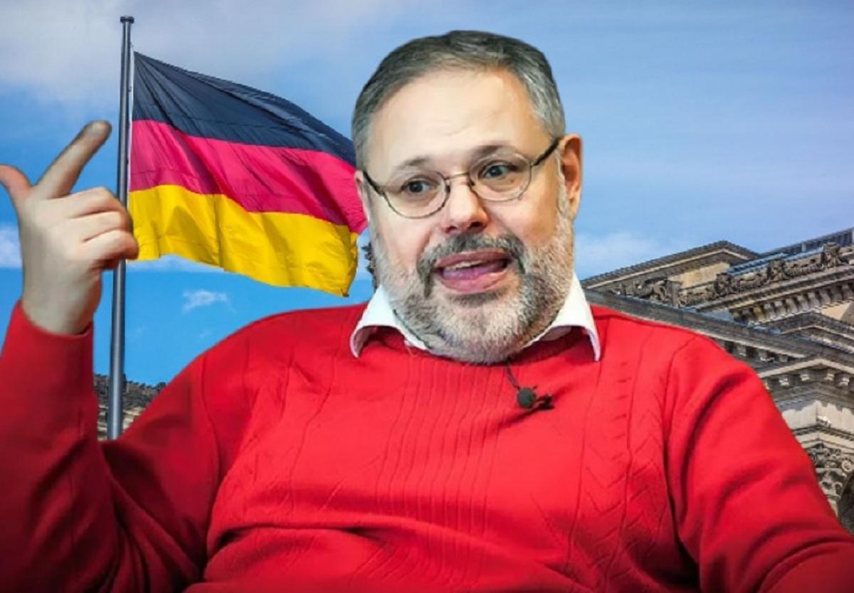 Михаил Хазин экономист