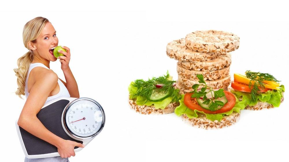 Диетологи развеяли 5 живучих мифов о хлебцах при похудении