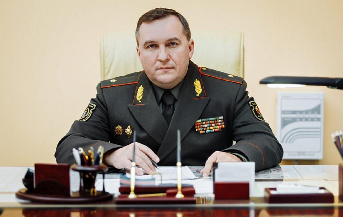 Министр обороны Белоруссии не исключил возможность применения оружия против протестующих