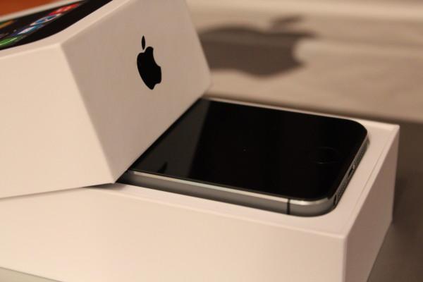 В России впервые обрушились цены на продукцию iPhone