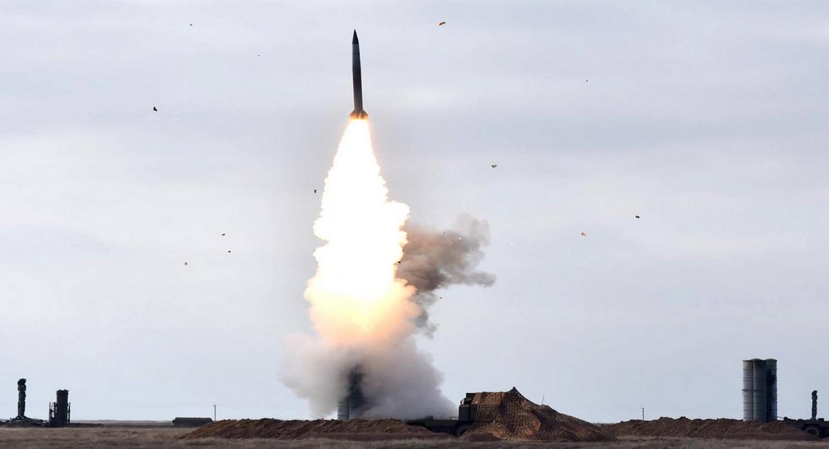 Украинские военные собрались проводить ракетные стрельбы недалеко от границы с Крымом