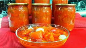 Как приготовить вкусное лечо из помидоров и болгарского перца на зиму: простой классический рецепт известного блюда