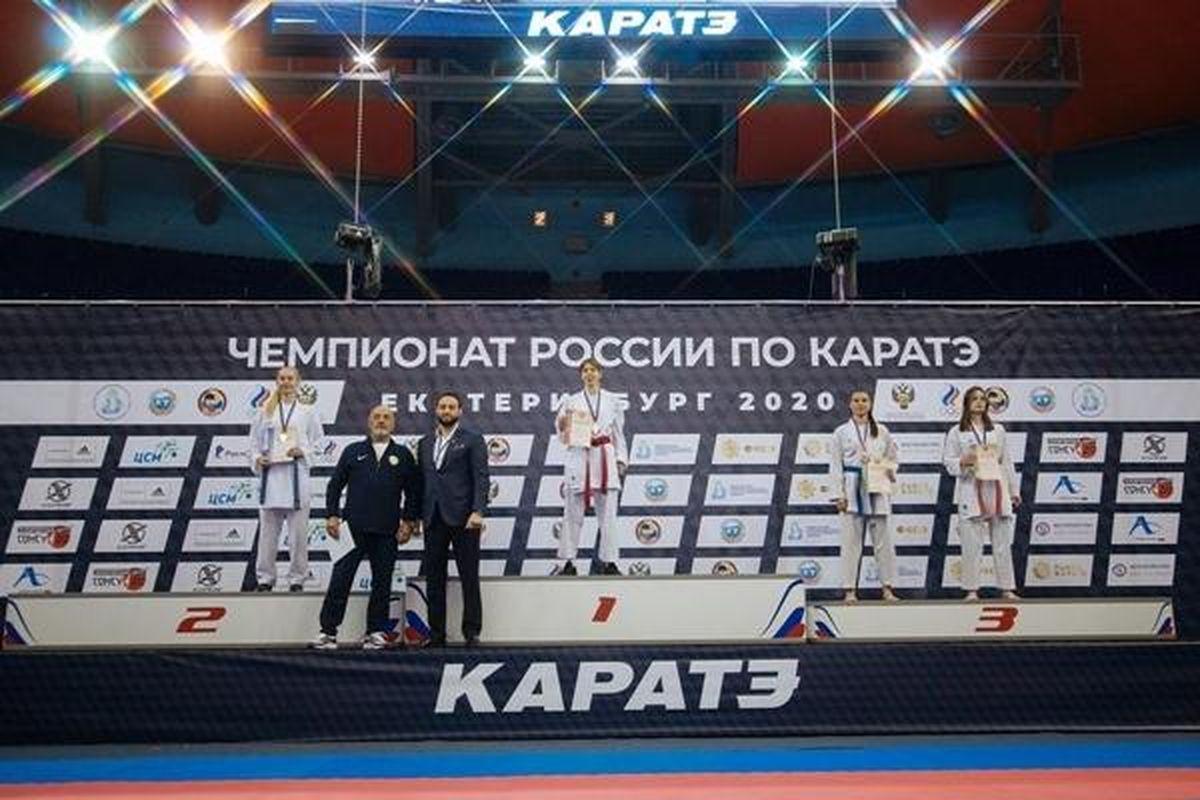 награждение победителей по каратэ фото