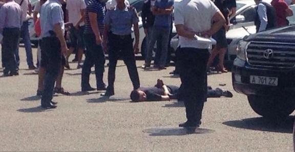 В Алма-Ате из-за перестрелки объявлен красный уровень террористической угрозы
