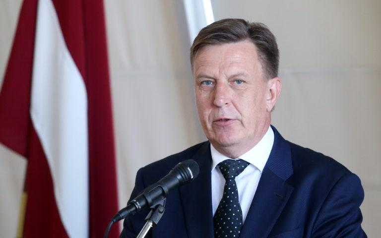 Протест в Прибалтике: скандал разгорается в Латвии, премьер-министру направлено письмо от русскоязычного населения