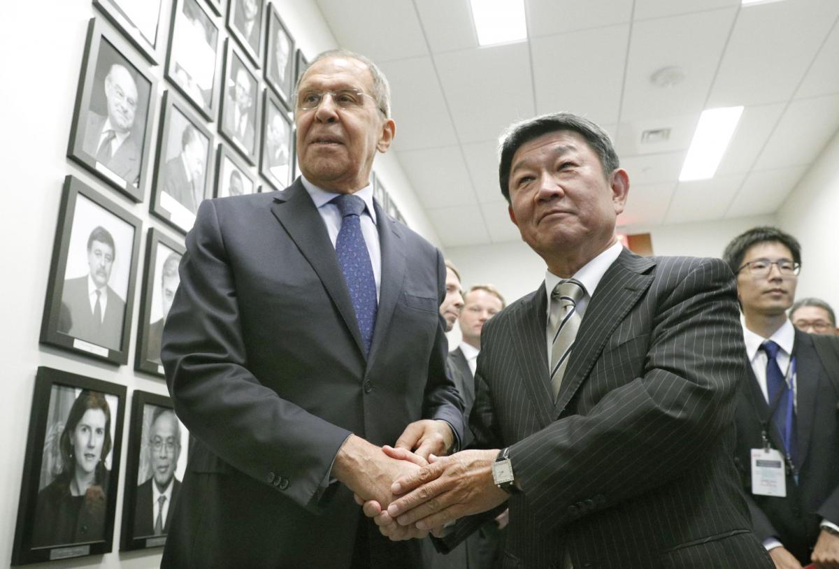 Сергей Лавров и Тосимицу Мотэги