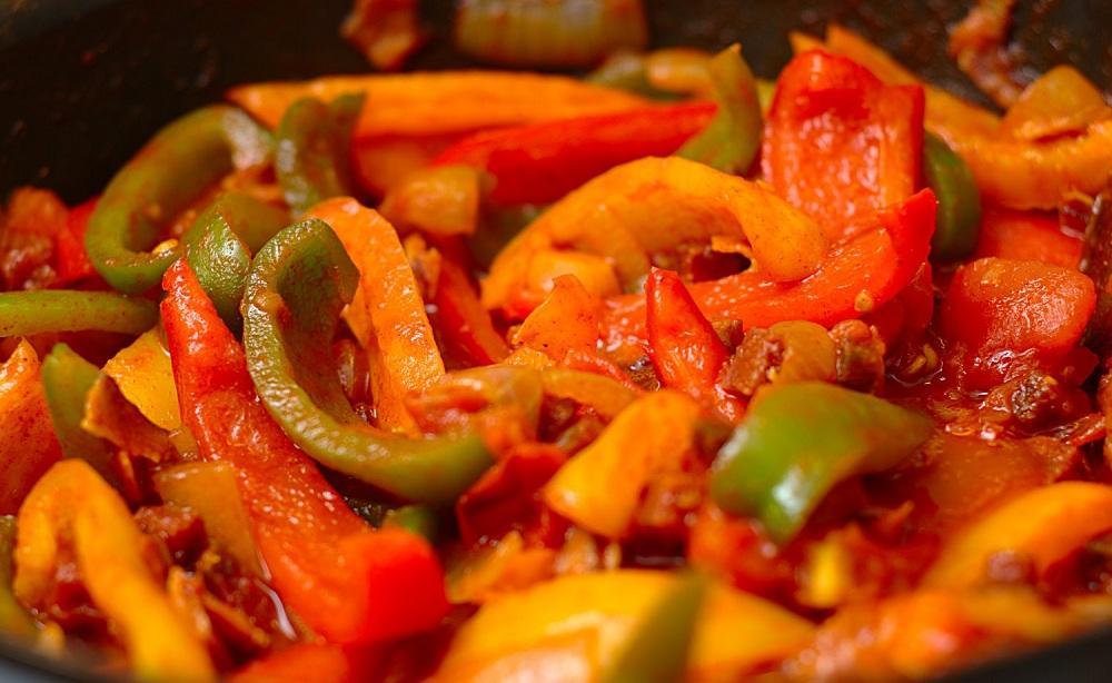 Лечо из болгарского перца на зиму: классический рецепт