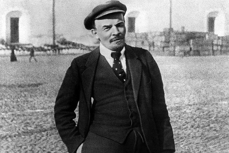 Пора исполнить завещание: тело Ленина могут заменить копией